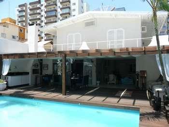 Casa com piscina Aluguel Temporada B. Camboriú