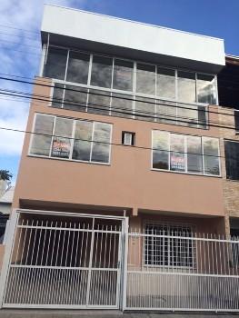 Casa Geminada Triplex - Loca��o Anual Sem Mobilia