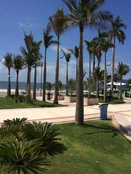 Condom�nio Frente Mar 03 su�tes Praia Brava