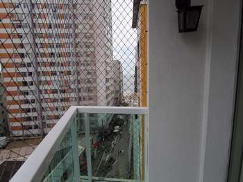 Apto 3 dormitórios quadra mar centro Bal Camboriú