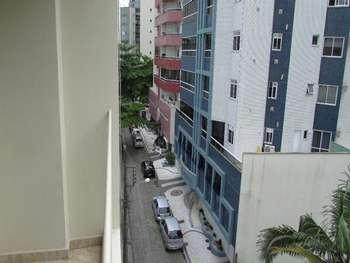 Apto 1 dormitório na av. Brasil em Bal. Camboriú