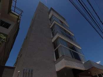 Excelente apartamento semi-mobiliado em localizaçã