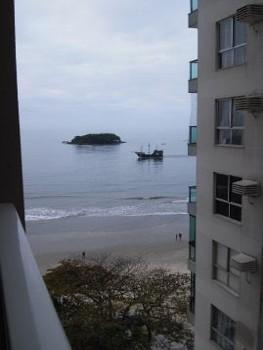 Locação Temporada - Quadra Mar - B. Camboriú