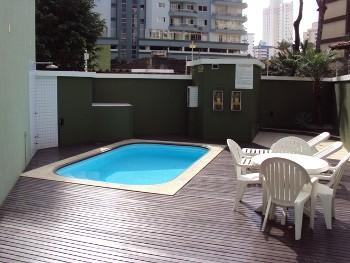 su�te churrasqueira piscina semi mobiliado BC