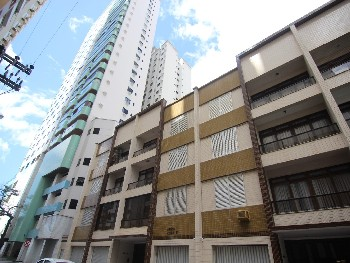 Apartamento anual em Balne�rio Cambori�.
