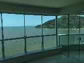 03 suítes frente ao mar Balneário Camboriú.