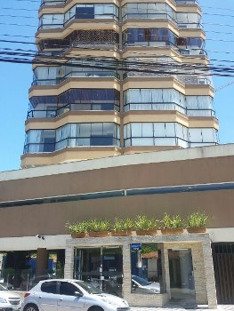 Suíte Dependência Garagem Barra Sul BC