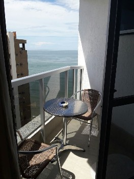 Apartamento em Balneário Camboriú com Vista Mar!